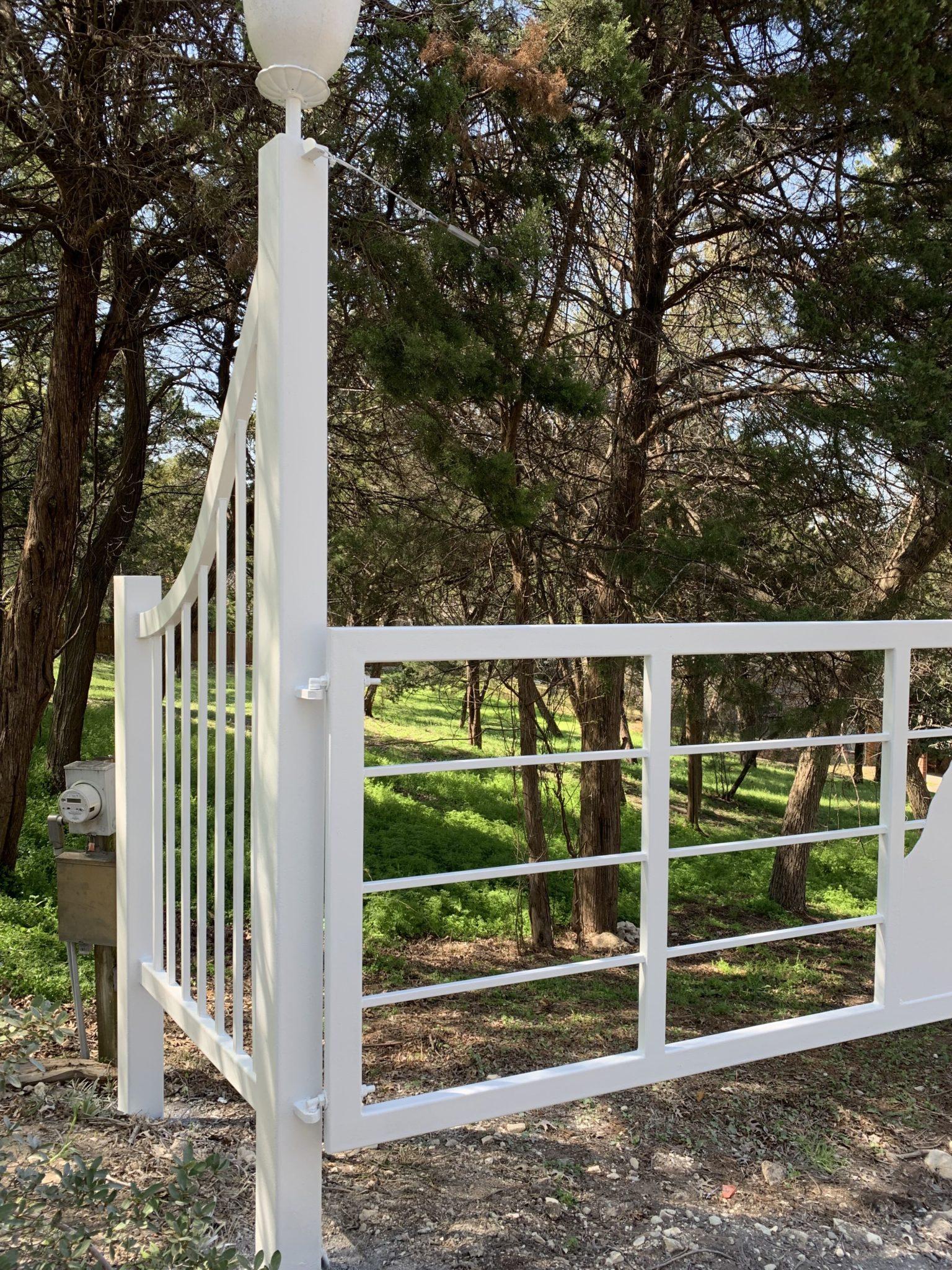 white fence 1