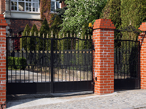 Wrought iron fence painting Dallas